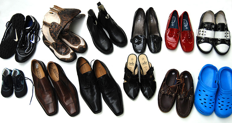 Men's and women's shoes second hand